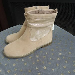 NWT Girls Shoe Sz 2 GAP Sand Leather Spring Boots